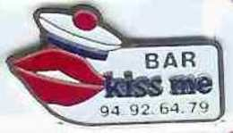 @@  Bar à Marins Kiss Me Marine Nationale Pompon Bachi Béret Toulon @@ma207b - Armee