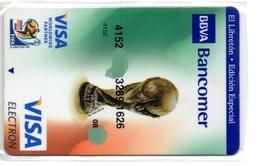 Bank Credit Card Visa Or  Master Card  WORLD CUP FOOTBALL - Tarjeta De Credito - Cartes De Crédit (expiration Min. 10 Ans)