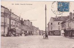 51 REIMS Place Saint Thimotée ,façade Comptoir Français ,enseigne Charcuterie ,camion Année 1930 - Reims