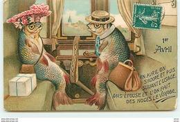 N°12928 - Carte Gaufrée - En Avril On S'adore Et Puis Suivant L'usage ... - Poissons Habillés Dans Un Train - 1 De April (pescado De Abril)