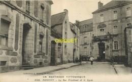 56 Pontivy, Rue Friedland Et Le Lycée, Visuel Pas Courant - Pontivy
