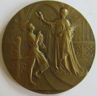 M05340  EXPOSITION UNIVERSELLE DE BRUXELLES 1910  (122g) Allégorie Au Revers - Professionnels / De Société