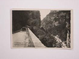 Gorges Du Loup : La Route Et Le Loup - France