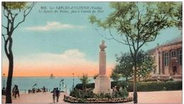 Cpa 85 Les Sables D'Olonne , Le Square Du Palais Face Au Port , Voyagée 1937 - Sables D'Olonne