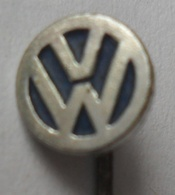 Automobile (Car) Truck (Lastkraftwagen / Kamion) Volkswagen  PINS BADGES P4/1 - Volkswagen