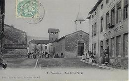 CPA  FRONCLES  (HAUTE-MARNE) 52 - Rue De La Forge N° 7  - Animée - France