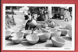 NIGERIA - CALABASH Designer & Seller à KANO  2 Timbres1957-carte-photo - Photographe : Ulojo Photo Service à Lagos - Nigeria