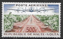 HAUTE VOLTA  -  Poste Aérienne  -  1961 . Y&T N° 3 ** .  Avion  /  Champs Elysées à Ouagadougou - Alto Volta (1958-1984)