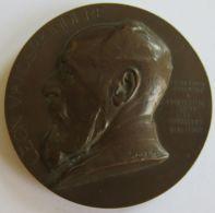 M05341 LEON VANDERKINDERE - PROFESSEUR D'HISTOIRE  UNIVERSITE LIBRE DE BRUXELLES - 1872-1902 - Son Buste (162g) - Professionnels / De Société
