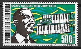 HAUTE VOLTA   -  Poste Aérienne  - 1972 . Y&T N° 104 Oblitéré.  Musique  /  Piano  / Jimmy Smith - Alto Volta (1958-1984)