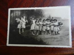 20060) GRUPPO DI BAMBINI SEMBRA FOTOMONTAGGIO VIAGGIATA 1939 - Gruppi Di Bambini & Famiglie