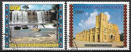 HAUTE VOLTA  -  Poste Aérienne  -  1973 .  Y&T N° 164 / 165 Oblitérés.  Chutes, Cathédrale - Alto Volta (1958-1984)