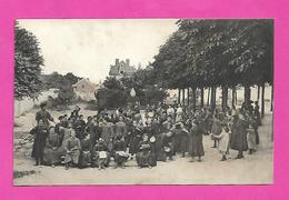 France Institution Religieuse Ecole Libre Jeux D'enfants Jeunes Filles Au Fond Vierge Et Château Sans éditeur - Postcards