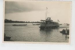 ASIE - CAMBODGE - Belle Carte Photo UN BATEAU SUR LA RIVIERE à PHNOM PENH En 1952 - Cambodia