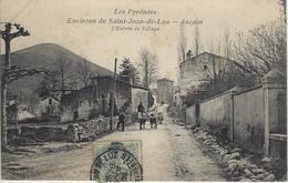 Les Pyrénées Environs De Saint Jean De LUZ - ASCAIN L'entrée Du Village - Ascain
