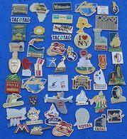 JOLI LOT DE 50 PIN'S DIFFERENTS  N° 23 - Badges