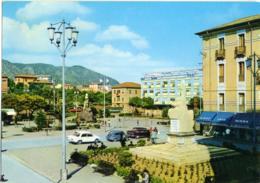 IGLESIAS  CARBONIA-IGLESIAS  Piazza Sella Vista Da Piazza Oberdan  Monumento  Auto  Birra Thor - Iglesias