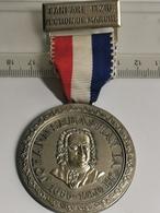 Luxembourg Médaille, Fanfare Itzig, Section De Marché. Johann Sébastien Bach - Entriegelungschips Und Medaillen
