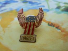 A058 -- Pin's Harley - Motorfietsen