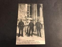 CPA 1900/1920 La Schlucht Gendarme Et Douaniers Allemand Au Poteau Frontière - Gerardmer