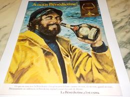 ANCIENNE  PUBLICITE A NOUX  LIQUEUR LA BENEDICTINE  1977 - Alcools