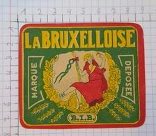 ETIQUETTE  BRASSERIE IMPERIAL BRUXELLES LA BRUXELLOISE - Beer