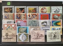 VATICANO CONFEZIONE N°15 - Collections