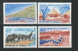 Senegal 1970 Yvert 326/329 ** Tourisme Troupeau D éléphants,grenier à Mil - Senegal (1960-...)