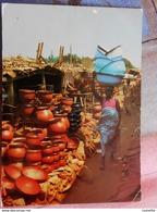 AFRIQUE/ COTE D IVOIRE / MARCHE AFRICAIN  Poteries  ( Voyagée D'Abidjan En 1982, Avec Joli Timbre ) - Ivory Coast