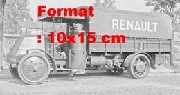 Reproduction D'une Photographie Ancienne D'un Camion Renault Gazogène - Repro's