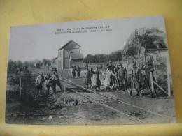 60 8095 CPA 1915 - LA GRANDE GUERRE 1914-15. - 60 BOULOGNE LA GRASSE. LA GARE - ANIMATION - France