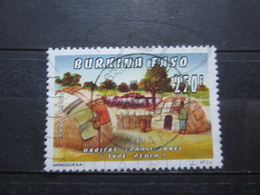 "VEND BEAU TIMBRE DU BURKINA FASO N° 931D , OBLITERATION "" OUAGADOUGOU "" !!! (b) - Burkina Faso (1984-...)"