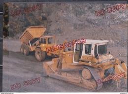 Au Plus Rapide Camion Bull Caterpillar Beau Format - Photographs
