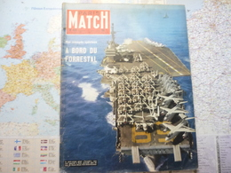 Paris Match N°422 11 Mai 1957 A Bord Du Forrestal / Moscou 1-er Mai Guerrier / Jules Verne Au Cinéma - Testi Generali