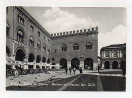Treviso - Piazza Dei Signori - Palazzo Dei Trecento - Viaggiata Nel 1963 - (FDC22098) - Treviso