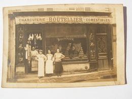 CPA CARTE PHOTO CHARCUTERIE COMESTIBLES BOUTELLIER BOUTEILLER PARIS ? A SITUER A2 - Negozi