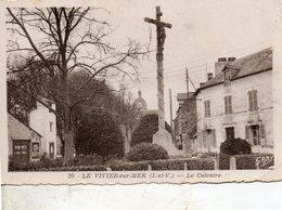 Le  Vivier  Sur  Mer   -  Le  Calvaire  Et  L' église. - Autres Communes