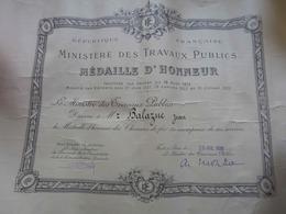 DIPLÔME: MÉDAILLE D'HONNEUR DES CHEMINS DE FER- MINISTÈRE DES TRAVAUX PUBLICS- 29/07/1939 - Diploma & School Reports