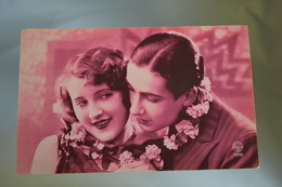 B707 Couple Romantic Love 1931 - Couples