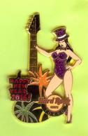 Pin's Hard Rock Café Tokyo Happy New Year Guitare Feux D'Artifice (Double Moule) - HRC11 - Musique