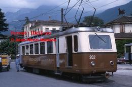 Reproduction Photographie D'un Train Aigle-Leysin A.L Après Le Chargement De Colis De La Poste à Aigle En Suisse 1965 - Reproductions