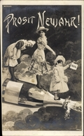 Cp Glückwunsch Neujahr, Sektflasche, Frauen, Kind, Jahreszahl 1904 - New Year