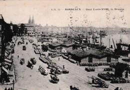 BORDEAUX  LES QUAIS LOUIS XVIII ,LA DOUANE     REF 66084 - Aduana