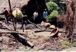 SRI LANKA PHOTO CHERCHEURS DOR - Sri Lanka (Ceylon)