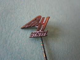 HEINKEL Moto Vélomoteur Pin Lapel Button Badge - Motor Motorcycle Motorbike Motard - Motorfietsen