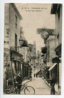 79 THOUARS Homme Sur Son Echelle Cyciste Rue Saint Médard Nombreuses Enseignes Commerces  1921  D09 2020 - Thouars