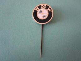 BMW Moto Vélomoteur Pin Lapel Button Badge - Motor Motorcycle Motorbike Motard - Motorfietsen