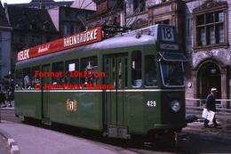Reproduction D'une Photographie D'un Tramway B.V.B Ligne 18avec Publicité Rheinbrucke àBâle En Suisse En 1965 - Reproductions
