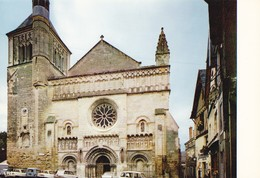 79 Thouars Eglise Saint Médard (2 Scans) - Thouars