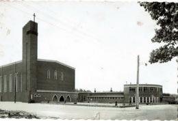 Diepenbeek Kerk OL Vrouw Van Vrede En Scholen Lutselus - Diepenbeek